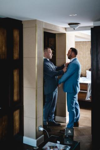 Bräutigam Hochzeit Trauzeuge anziehen